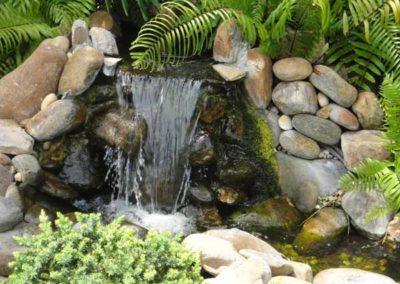 natural rock fountan/waterfall